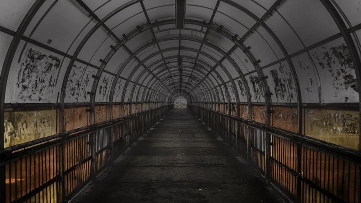 Осенний мрак: улицы и переходы Новосибирска остались без света по вечерам
