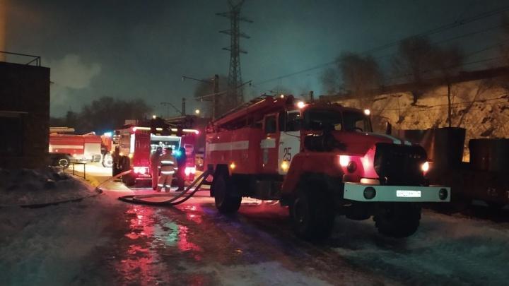«Работа в условиях высокой температуры»: На Магнитогорском металлургическом комбинате вспыхнул пожар