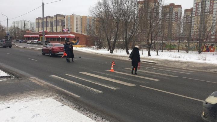 Тюменка на иномарке сбила трёх школьников на переходе