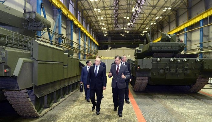 Вместо слишком дорогой «Арматы» на УВЗ решили выпускать танк-робот