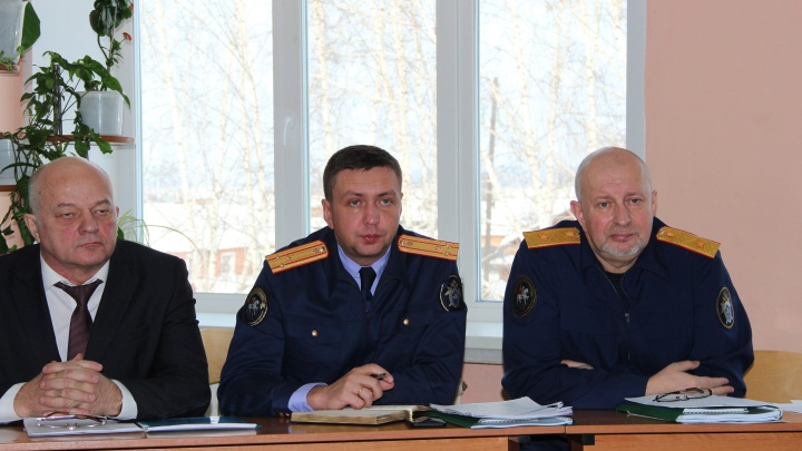 За месяц до стрельбы в сельской школе Абалаково учитель жаловалась в органы опеки