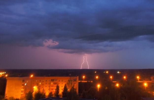 Экстренное предупреждение от МЧС: на Ярославскую область надвигаются грозы