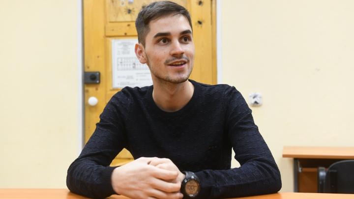 «В России нет национализма»: студент из Афганистана — о детстве под пулями и жизни на Урале