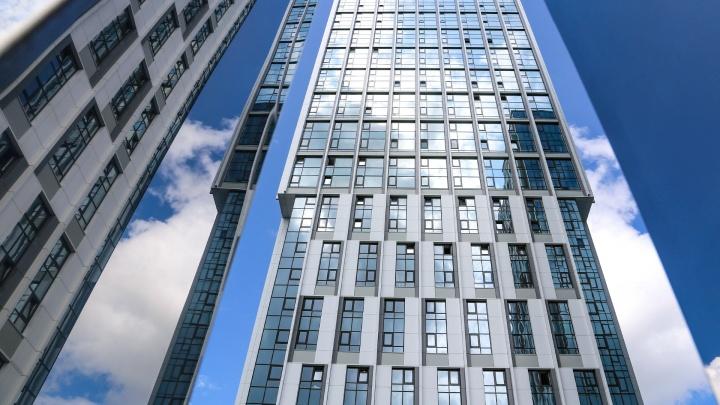Два в одном: как жилой комплекс совместил практичность мегаполиса с органичностью природы