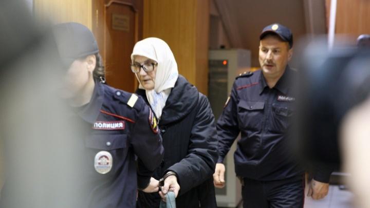 «Испытывала агрессивное отношение»: мосейцевская «матушка» потребовала компенсацию в 5 миллионов