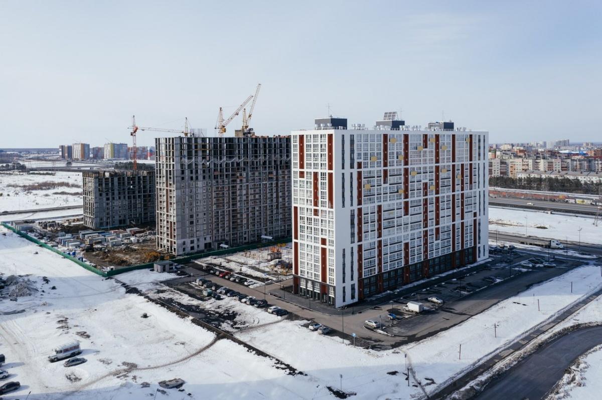Динамика строительства ЖК «Клевер парк». Апрель 2018 года