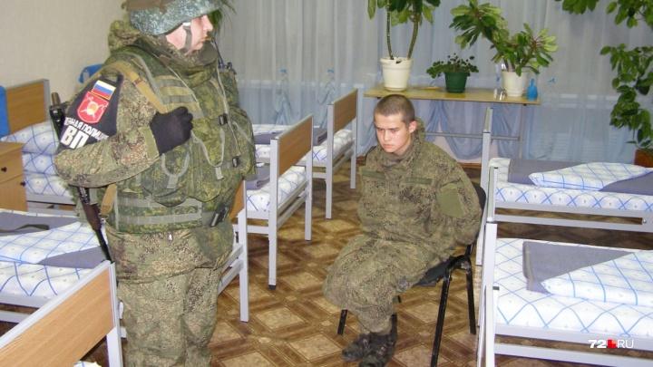 Появились фото с места ЧП в воинской части Забайкалья, где тюменец расстрелял солдат