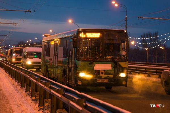 Транспорт ходит с опозданием из-за сложной дорожной обстановки