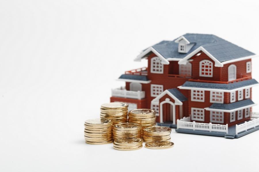 Как взыскать денежную компенсацию с застройщика ?