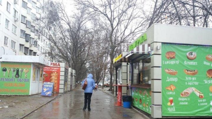 «Этой красоты здесь больше не будет»: ростовчане добились сноса незаконных ларьков на Зорге