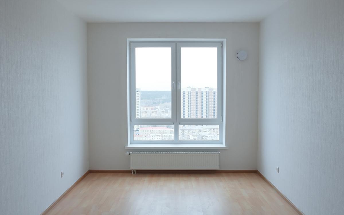 Качество покраски потолка можно оценить визуально. В проектах ГК «Ривьера Инвест Екатеринбург» оно на высшем уровне