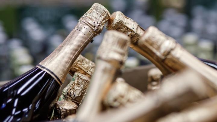 Четыре дня трезвости: в Волгограде приняли закон, запрещающий продавать алкоголь по праздникам
