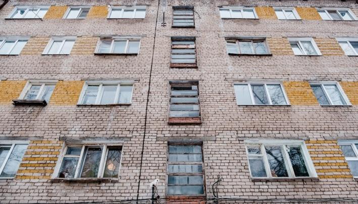«Искали малограмотных людей»: в Перми осудили банду черных риелторов