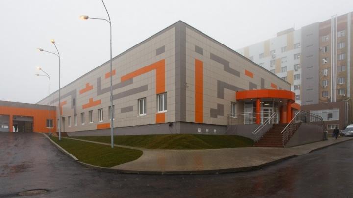 Из больницы № 25 Волгограда выписали двух пострадавших при крушении катамарана