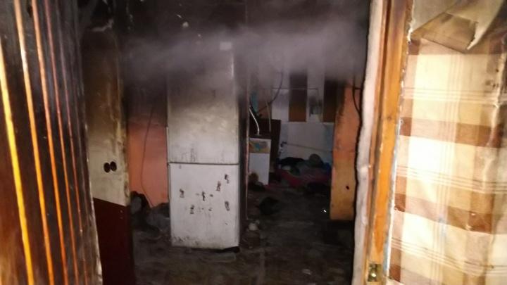 «Дым учуял, побежал посмотреть, а комната уже горит»: как произошел пожар, на котором погибли дети