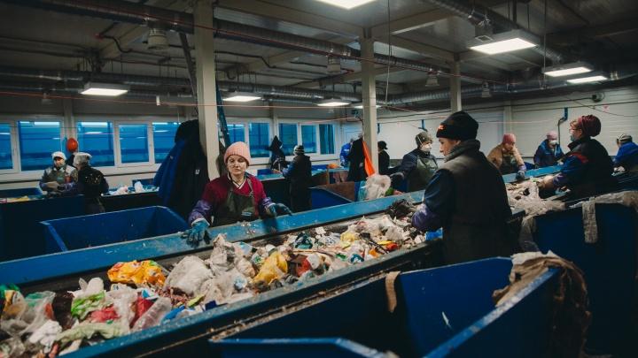 Разбираемся, кто больше будет платить за мусор: молодая семья в однушке или бизнесмен в хоромах