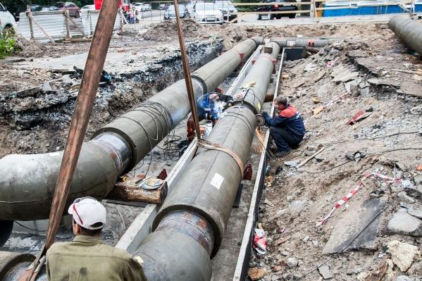 Ремонты на сетях оставят без воды 13 домов Архангельска