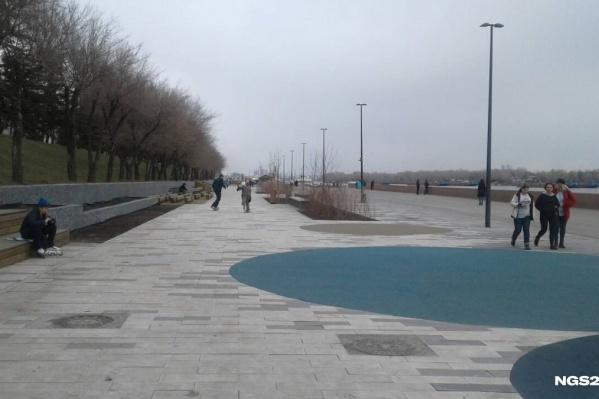 Набережная Красноярска — одно из популярных мест прогулок горожан