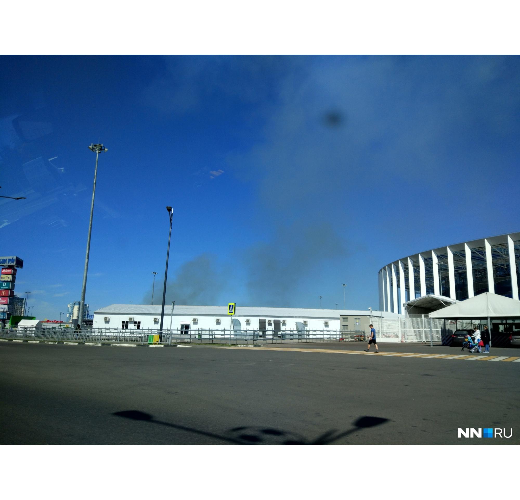Дым видно по всему городу