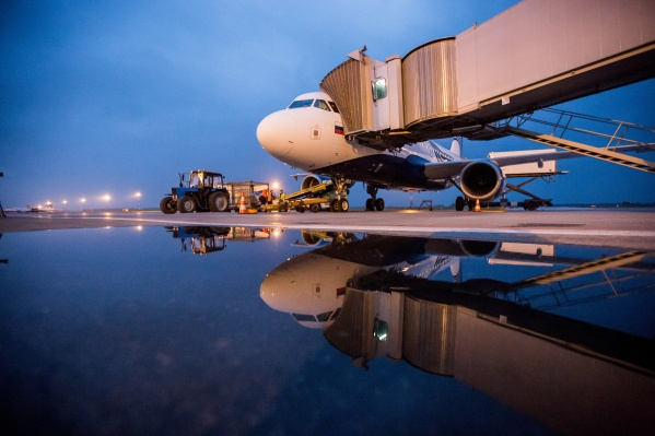 Ассоциация эксплуатантов воздушного транспорта спрогнозировала подорожание авиабилетов на 9–10% по итогам 2019 года; ФАС считает, что нет оснований для такого прогноза