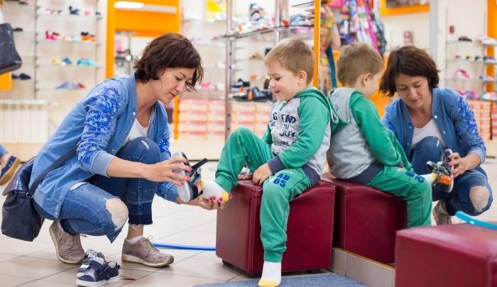 В Сосновоборске открылся магазин фирменной обуви «Юничел»