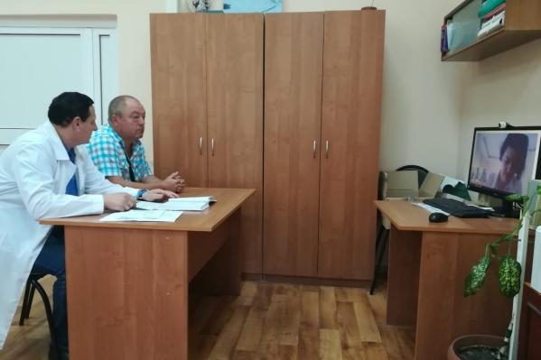 Общаются с некоторыми врачами пациенты из Сызрани по видеосвязи