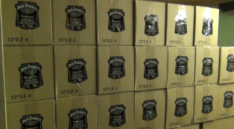 Поддельный алкоголь продавали в Челябинске и Кыштыме