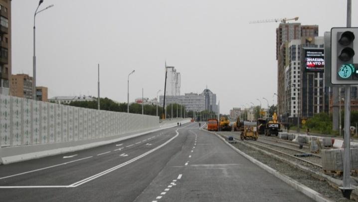 Строители закроют Макаровский мост для автомобилистов в субботу утром