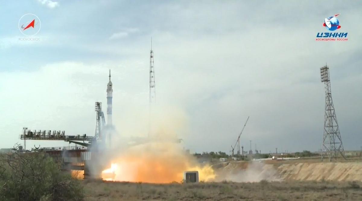 Станцевал в ракете перед стартом: екатеринбургский космонавт улетел на МКС
