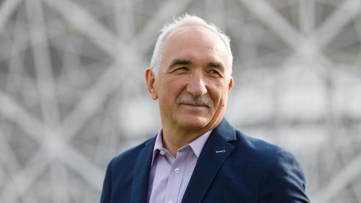 В Волгограде облкомспорта выдал Федерации футбола Рохуса Шоха аккредитацию на полгода