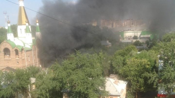 В Самаре у православного храма в Академическом переулке произошел пожар