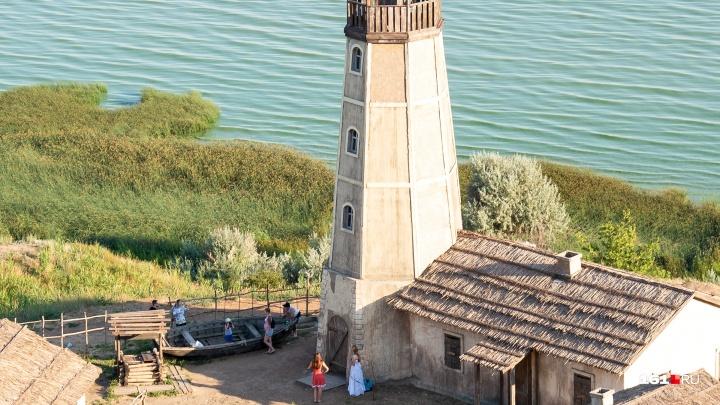 Владельцы земли перед маяком в Мержаново ввели арендную плату за фотосессии