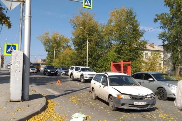 Пешеход попала в ДТП с двумя машинами