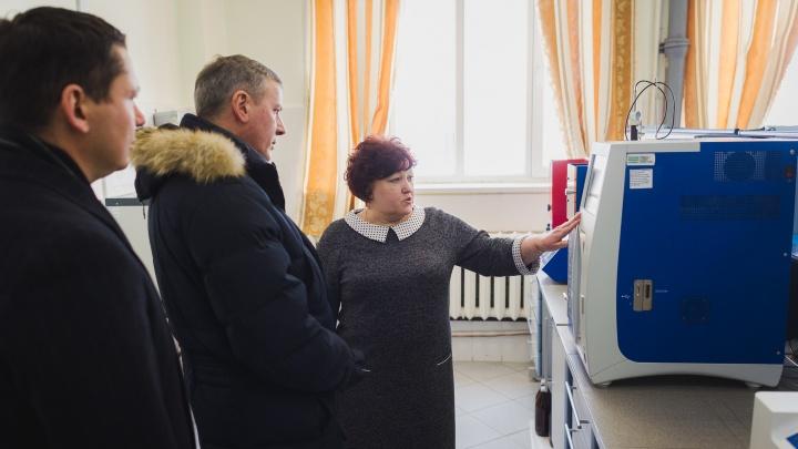 Предприятия ООО «УК ТАУ Нефтехим» посетил министр промышленности и инноваций Алексей Карпухин