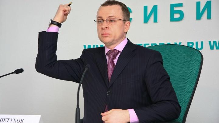 Прокуроры не нашли у первого вице-губернатора НСО лишних машин и квартиры