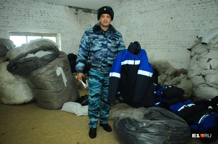 Несколько лет назад Рафик Зинатуллин проводил для корреспондентов E1.RU экскурсии по ИК-54