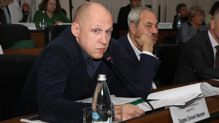«Разрушит фракцию изнутри»: нижегородского депутата Лазарева не приняли во фракцию «Единой России»