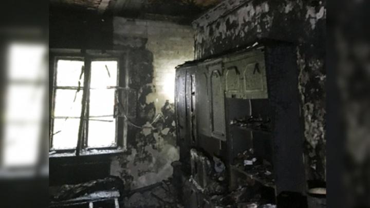 Участковый спас женщину из горящей квартиры: подробности сильного пожара в Ярославле