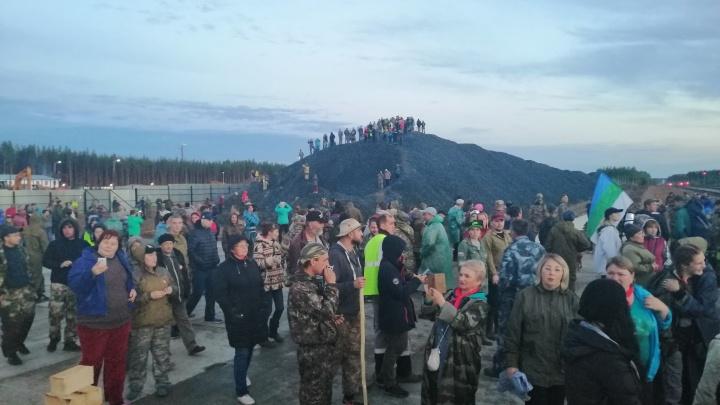 «Говорят, в Яренск подвезли засланных активистов»: что сейчас происходит на Шиесе