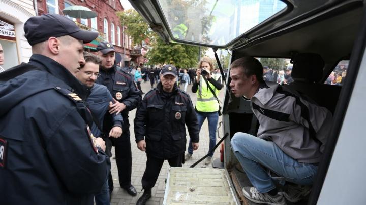 На зависть Кафке: подборка реплик силовиков о задержаниях на митингах
