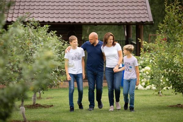 За два полноценных выходных семья успевает переделать все дела