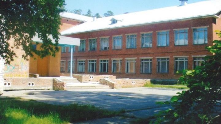 В 19-м военном городке срочно отремонтируют школу, против закрытия которой митинговали жители