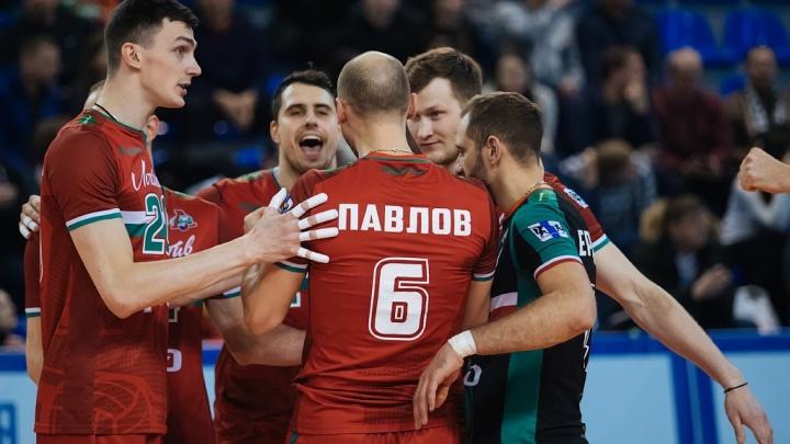 «Феноменальный матч»: новосибирские волейболисты выиграли последний матч чемпионата России