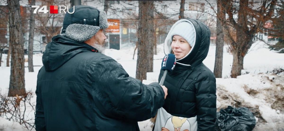 О том, что девушки хотели бы получить в качестве подарка, выяснял Дмитрий Танкоградский