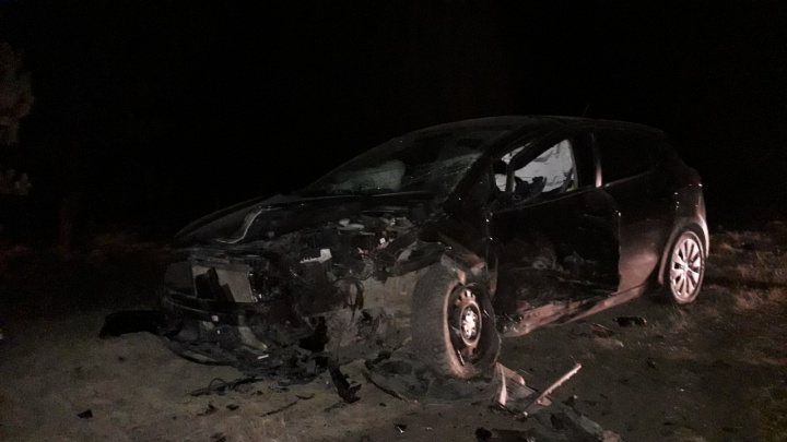 Водитель Daewoo Nexia устроил смертельное ДТП на тюменской трассе: он снес KIA и маршрутку