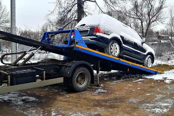 Машину отыскали возле автосервиса