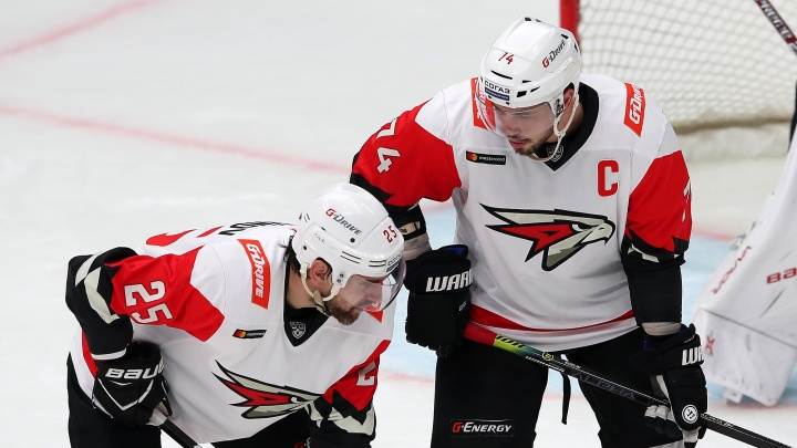 Шесть игроков «Авангарда» попали в список хоккеистов с многомиллионными зарплатами
