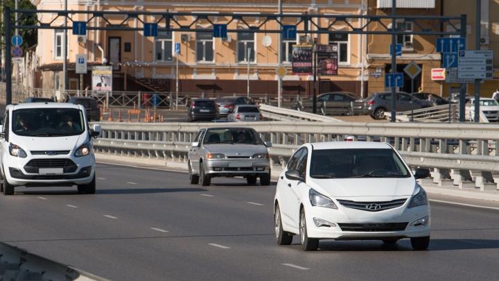 В Ростове угнали автомобиль, принадлежащий администрации города