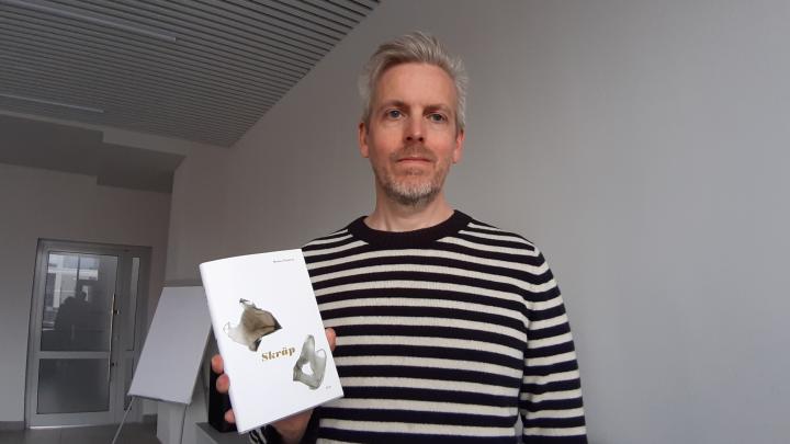 «Мы шли к сортировке 20 лет»: в Архангельске писатель из Швеции рассказал про «мусорное» сознание