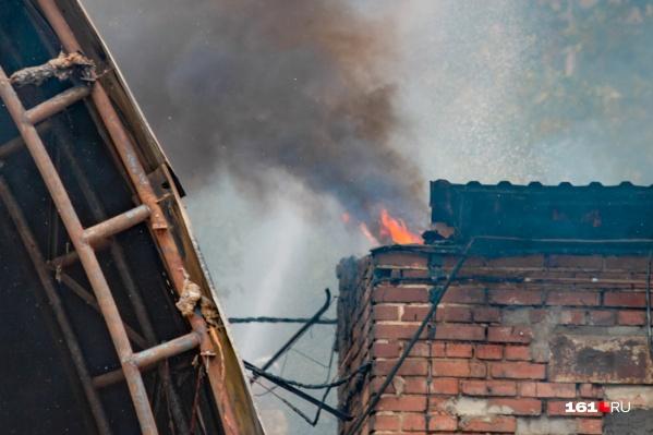 Дончанин из-за пожара лишился дома